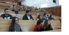 The students during the lecture